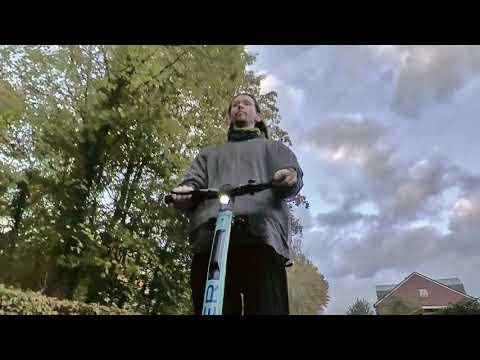 Fahrt mit dem Blinker-TIER (OKAI ES400B) 🛴